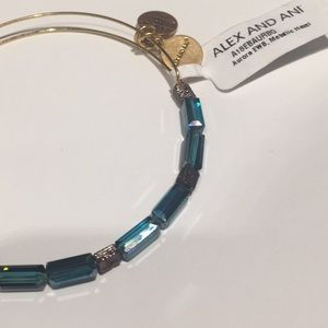 Alex and Ani Jewelry - Alex and Ani Aurora Bead Holiday 2018